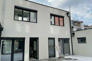 Modernes Büro/Praxis, Neubau, Erstbezug, 3 Terrassen, Doppelhaushälfte, super Lage