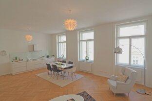 FLEISCHMARKT   repräsentative 4-ZImmer-Altbauwohnung mit Balkon