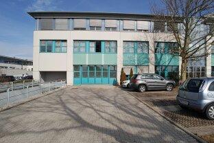 Business Park - Nähe Flughafen Schwechat - große Lagerfläche 612 m²