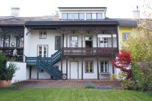 Zentrumsnahes Stadthaus mit Wellnessbereich und schönem Garten - Historischer Flair mitten in Mödling