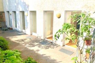 Entzückende 2,5-Zimmer Single-Pärchen-Altbau-Garten-Wohnung! ERSTBEZUG nach Renovierung!