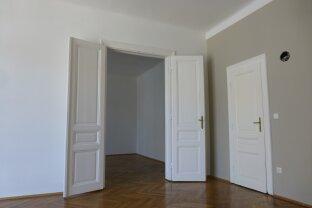Schöne 3,5 Zimmer Altbau-Wohnung | Innenhof-Lage mit kleinem Balkon | Einbauküche | WG tauglich | Nähe Pilgramgasse