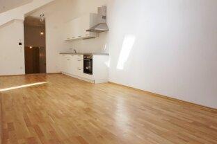 U6 Burggasse/Stadthalle - ruhige, helle Wohnung mit Terrasse im Innenhof