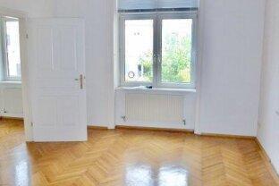 Wiener-Altbau-GARÇONNIÈRE-Wohnung mit Kabinett in Top Lage - MARIAHILF!