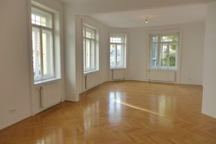 Wunderschöne 4 Zimmer-Wohnung mit kleinem Balkon im 18. Bezirk!