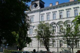 Top! Repräsentative 2-Zimmer Altbauwohnung im Zentrum von Krems!