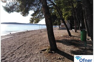 Kroatien: großes Grundstück mit Hotel direkt am Meer
