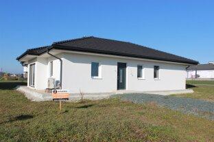 Thermenregion Stegersbach: Neubau Bungalow in sonniger Ruhelage