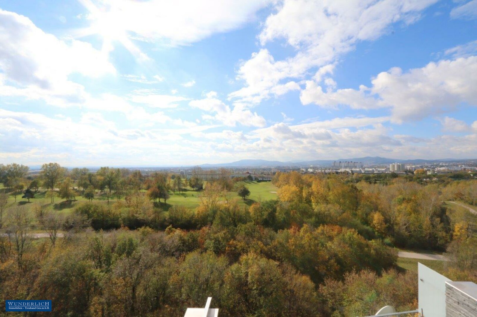 Panoramablick im Herbst vom Schlafzimmer 2