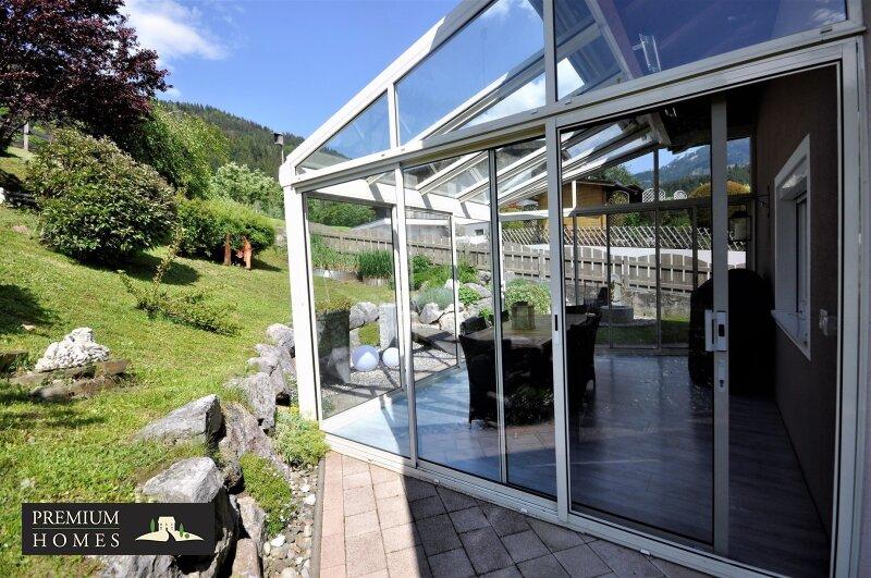 Kirchbichl Zweifamilienhaus_ hohe Qualität mit Modernen Design_Wintergarten