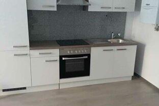 Baden Fußgängerzone: 2-Zimmer Hauptmiete mit NEUER Küche - unbefristeter Mietvertrag möglich