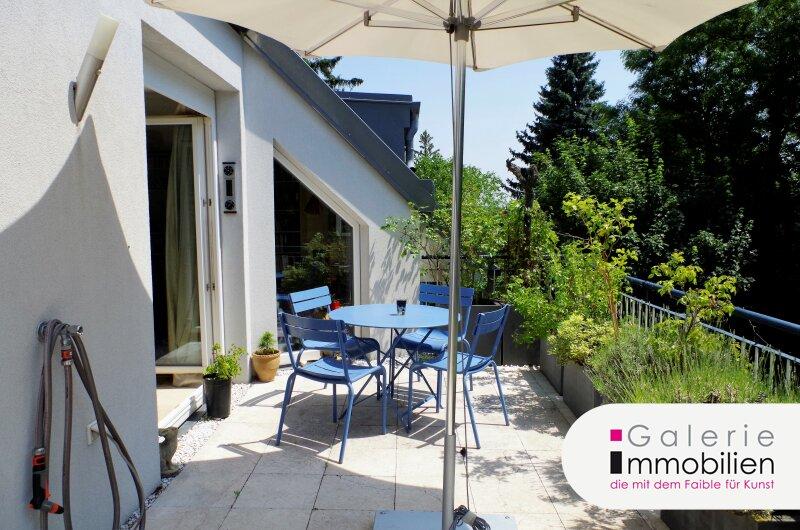Attraktive DG-Wohnung mit großer Terrasse - Grünruhelage - zentral begehbar Objekt_24915