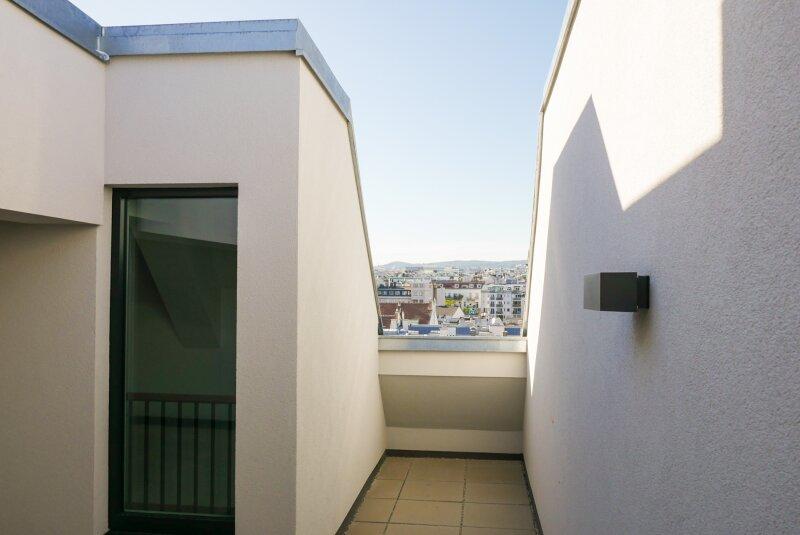Terrasse und Ausblick