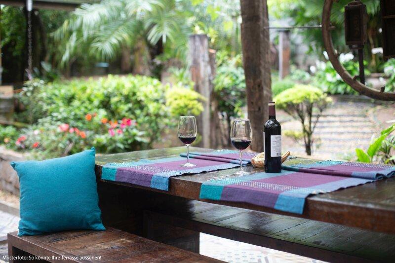 Frühlingserwachen: Entspannt auf der Terrasse im eigenen Garten