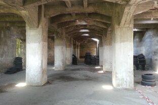 Sollenau: Stahlbeton-Bunker für verschiedene Möglichkeiten