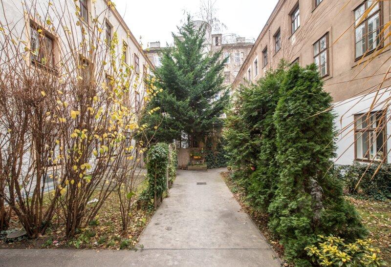 **NEU** Hofruhelage: Außergewöhnlicher EG-ERSTBEZUG, 4-Zimmer, Terrasse+Garten, charmanter Altbau! /  / 1030Wien / Bild 8