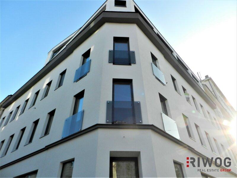 Qualität trifft auf Tradition - 3 Zimmer Altbau-Wohnung mit moderner Ausstattung und Loggia   ERSTBEZUG